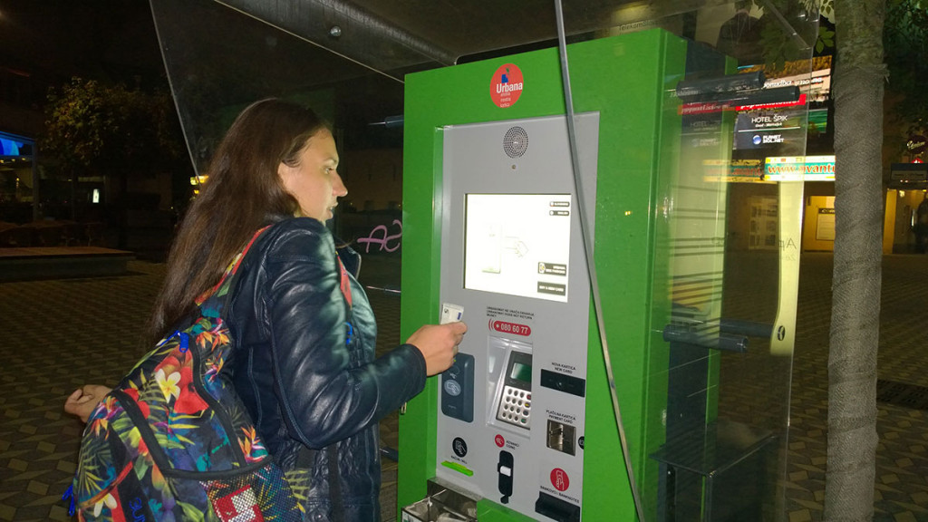 Buying-a-new-urbana-card-in-Ljubljana