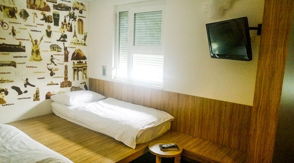 Bit-Center hotel, Ljubljana, room 2