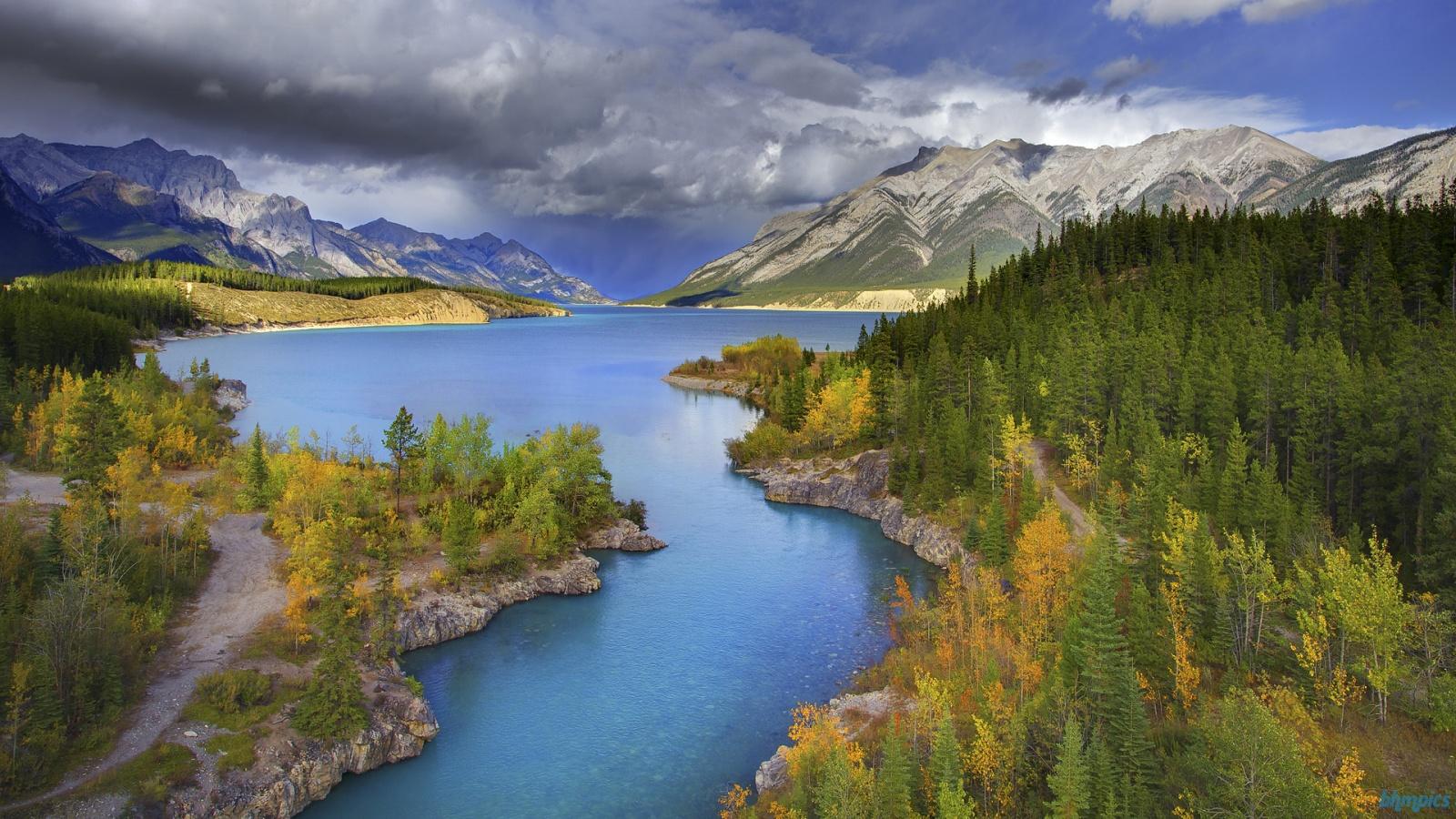 Abraham-lake-canada