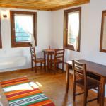 Complex Kosovo Houses, Elinovska House, bedroom desks