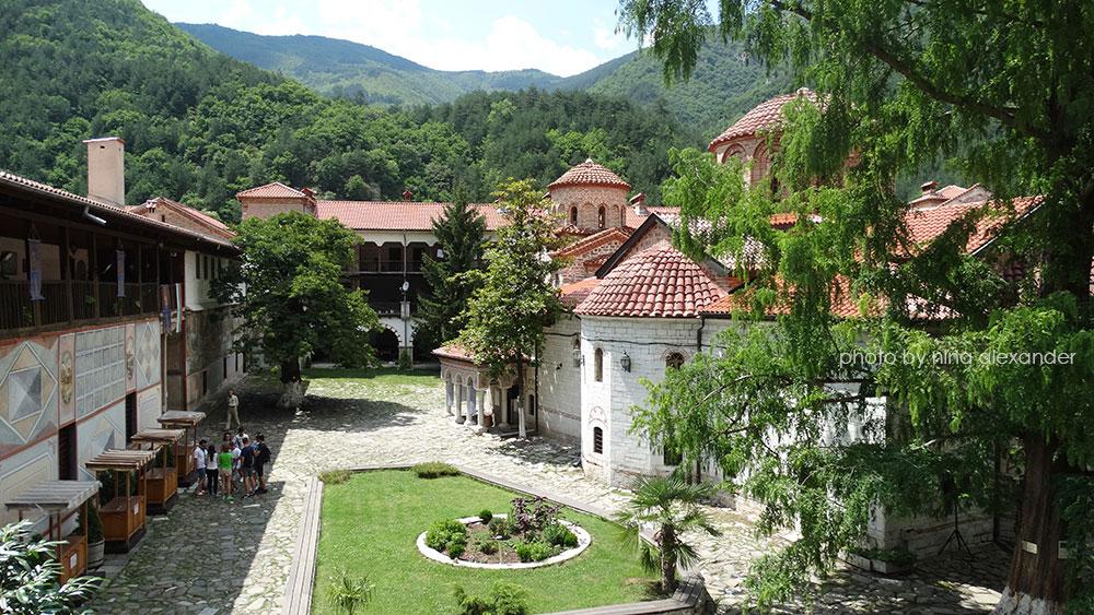 Stunning-bachkovo-monastery