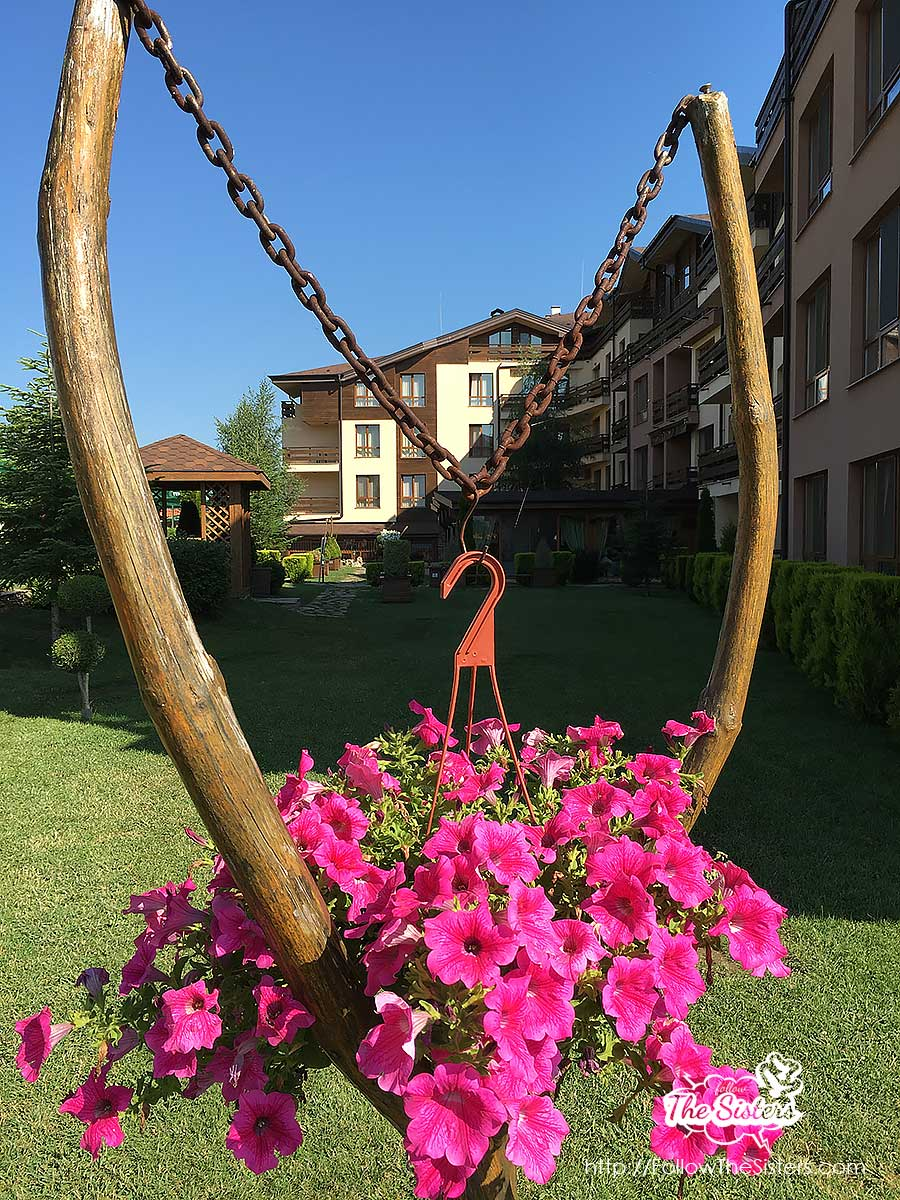 Greenwood hotel Bansko has a wonderful garden