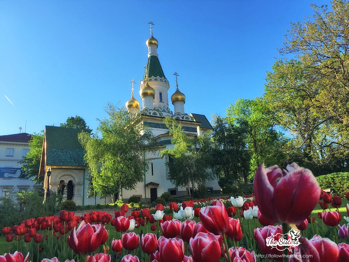 Tulips in front of the Russian church in Sofia