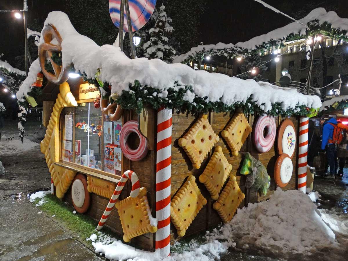 German christmas bazar sofia cookie house the sisters