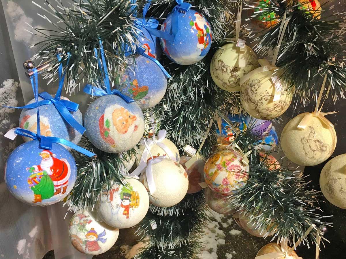 German Christmas Bazar, Sofia, Decoration