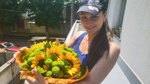 Sending flowers to Bulgarian girl friend
