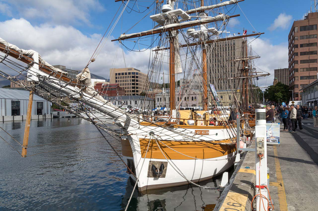 Family friendly cities - Australia-Hobart